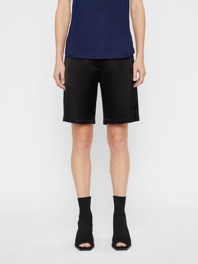 J.Lindeberg Willow Shorts in schwarz, Modelansicht