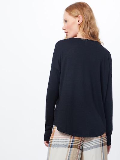 Marškinėliai 'Hudson V neck' iš rag & bone , spalva - juoda: Vaizdas iš galinės pusės
