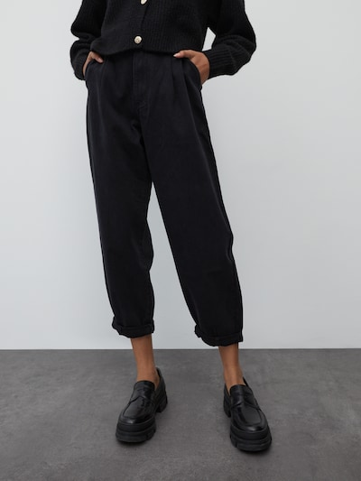 EDITED Džíny se sklady v pase 'Fiona' - černá džínovina, Model/ka