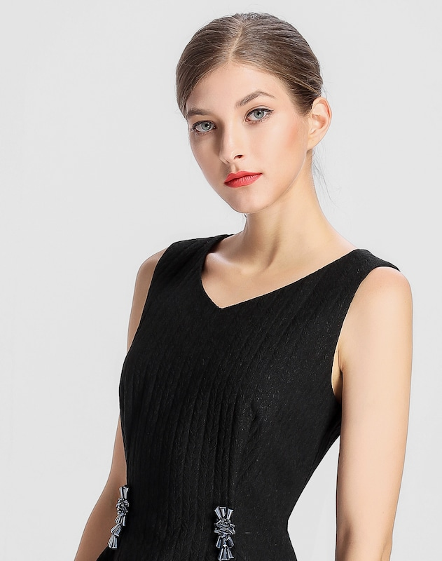 APART Kleid mit asymmetrischem Saum
