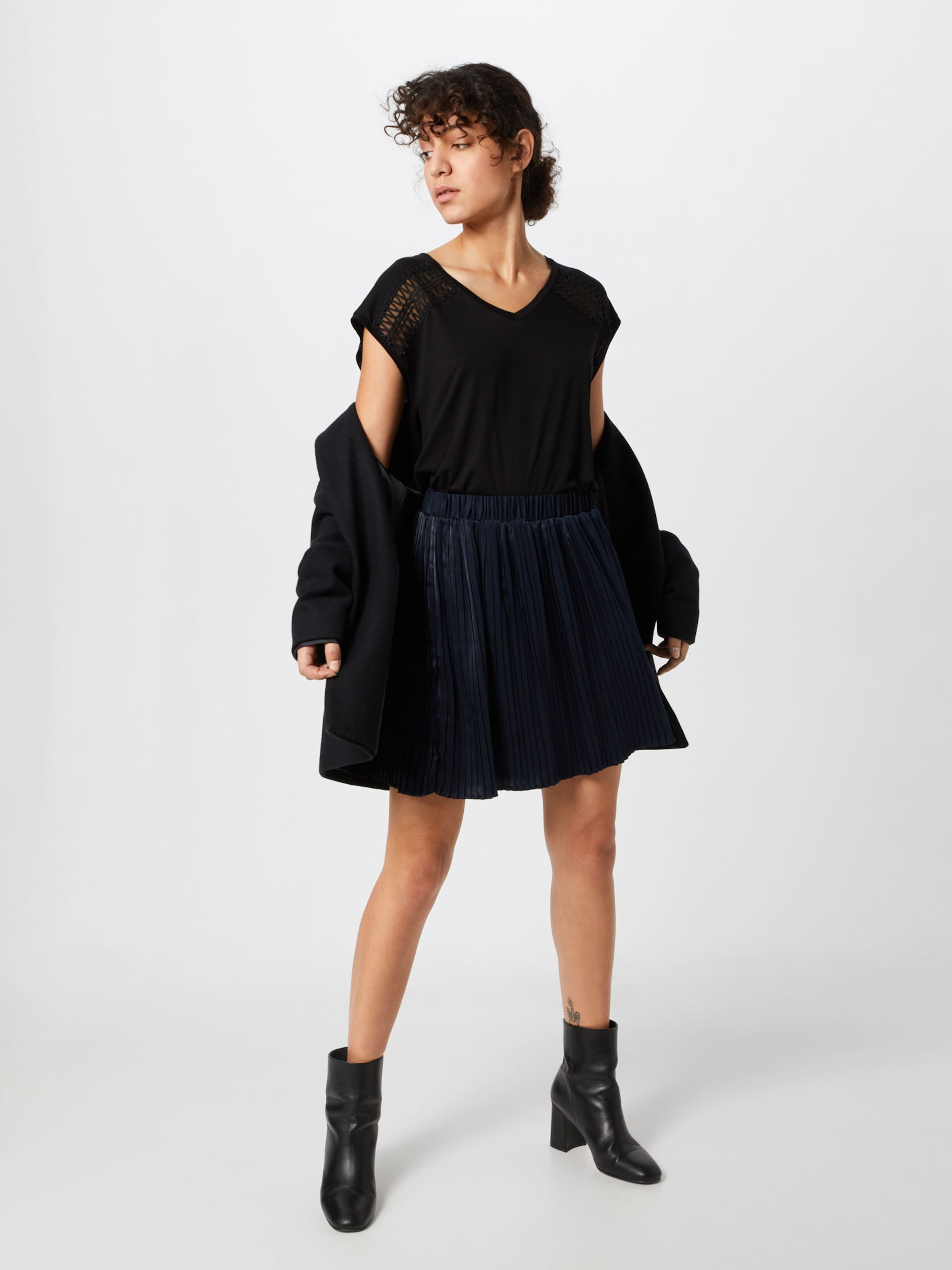 About 'alexia' Noir T shirt En You ULjqMpGSzV