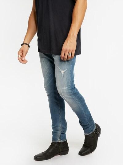 tigha Jeans in blue denim, Modelansicht