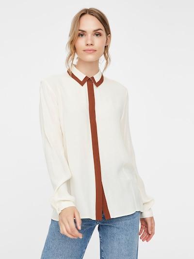 VERO MODA Bluse in braun / naturweiß, Modelansicht