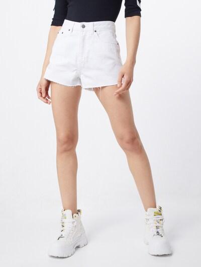 Dr. Denim Shorts 'Skye' in white denim, Modelansicht