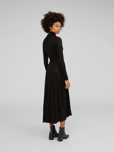 Suknelė 'Aiyana' iš EDITED , spalva - juoda: Vaizdas iš galinės pusės