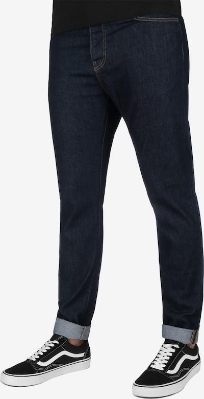 Carhartt WIP Jeans ' Coast ' in dunkelblau, Modelansicht