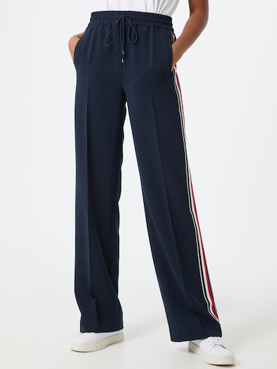 TOMMY HILFIGER Hose in dunkelblau / rot / weiß, Modelansicht