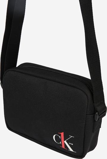 Calvin Klein Jeans Umhängetasche 'CAMERA BAG' in rot / schwarz / weiß, Produktansicht