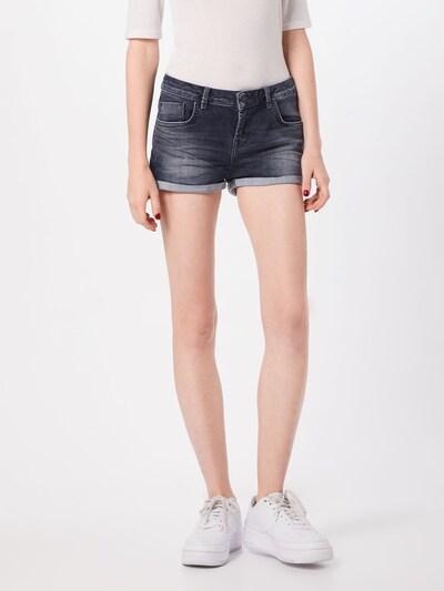 LTB Jeans 'Judie' in de kleur Blauw denim, Modelweergave