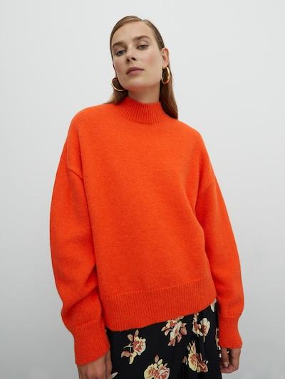 EDITED Pullover 'Katara' in orange, Modelansicht