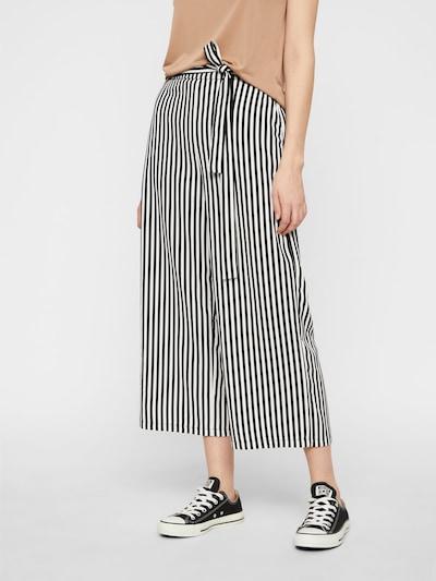 PIECES Broek 'KELLIE' in de kleur Zwart / Wit, Modelweergave