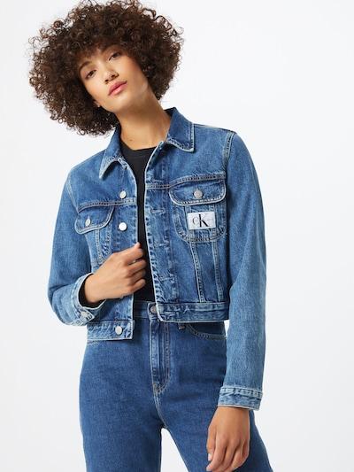 Calvin Klein Jeans Tussenjas '90s Crop Trucker' in de kleur Blauw denim: Vooraanzicht