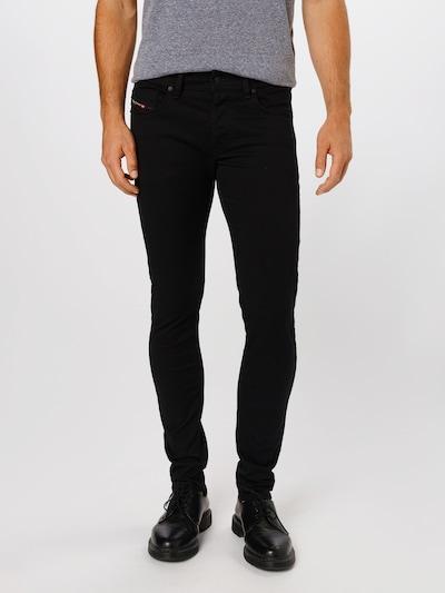 DIESEL Jeans 'SLEENKER-X' in de kleur Zwart, Modelweergave