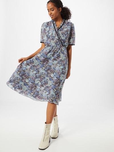 Moves Kleid in blau / hellblau / lila, Modelansicht