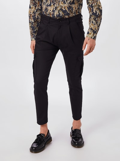 DRYKORN Cargobroek 'LAGO' in de kleur Zwart, Modelweergave