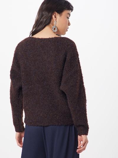 Megztinis iš PIECES , spalva - ruda: Vaizdas iš galinės pusės