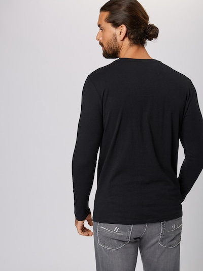 Tricou 'GRAZIE' ELLESSE pe negru: Privire spate