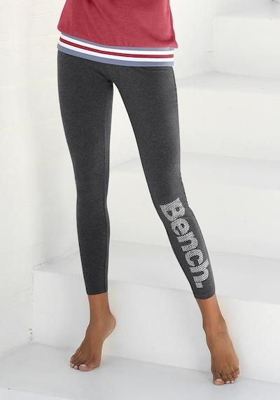 BENCH Leggings in grau / graumeliert, Modelansicht