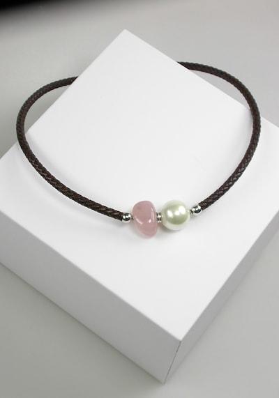 Orquidea Perlenkette 'Leiza' in braun / rosa / weiß, Produktansicht