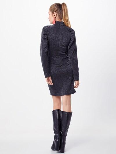Suknelė 'Una' iš NORR , spalva - juoda / Sidabras: Vaizdas iš galinės pusės