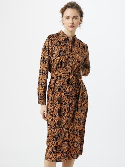 VERO MODA Sukienka koszulowa 'Trudy' w kolorze brązowy / czarnym, Podgląd na modelu(-ce)