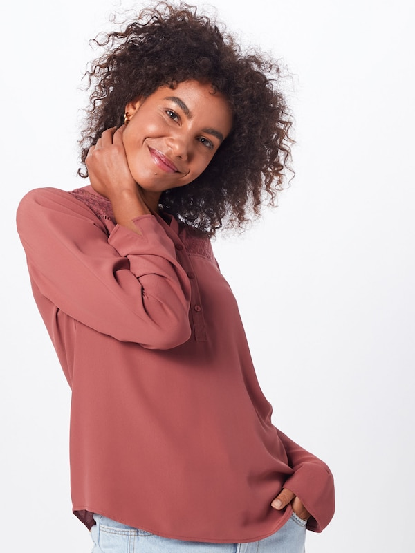 ONLY Blouse 'ONLMIA L/S SLEEVE SHIRT WVN' in de kleur Pastelrood, Modelweergave