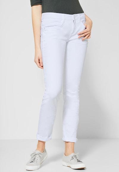 STREET ONE Jeans in weiß, Modelansicht
