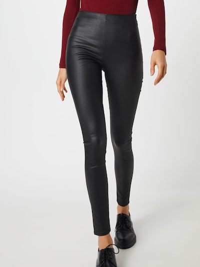 VILA Leggings 'COMMIT' in de kleur Zwart, Modelweergave