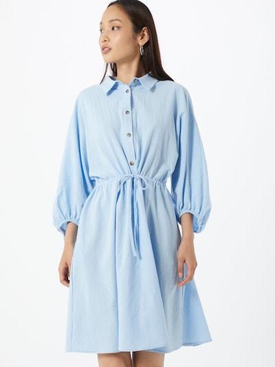 Palaidinės tipo suknelė 'Emily' iš Soft Rebels , spalva - šviesiai mėlyna, Modelio vaizdas