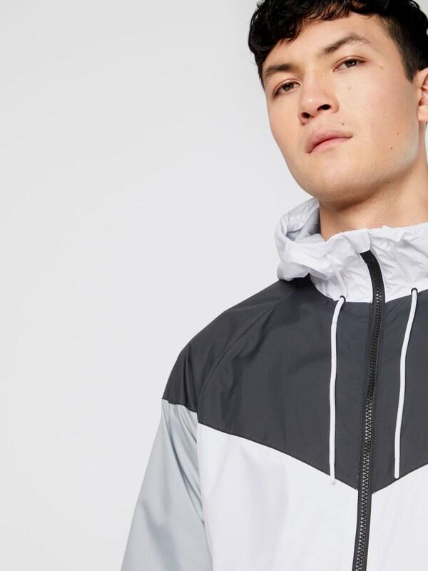 official supplier to buy new style Nike Sportswear Windbreaker 'NSW WR' in grau / schwarz ...