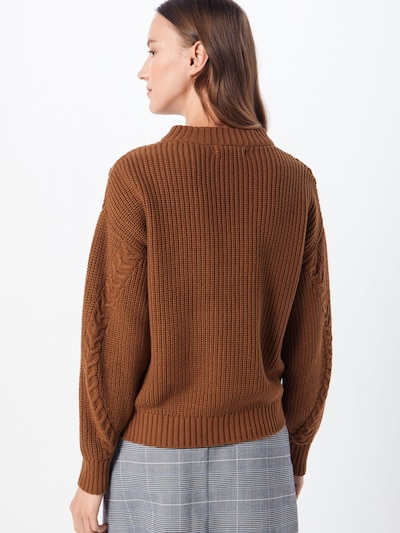 Megztinis iš b.young , spalva - ruda: Vaizdas iš galinės pusės