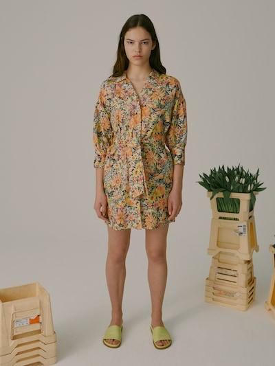 EDITED Blousejurk 'Youko' in de kleur Gemengde kleuren, Modelweergave