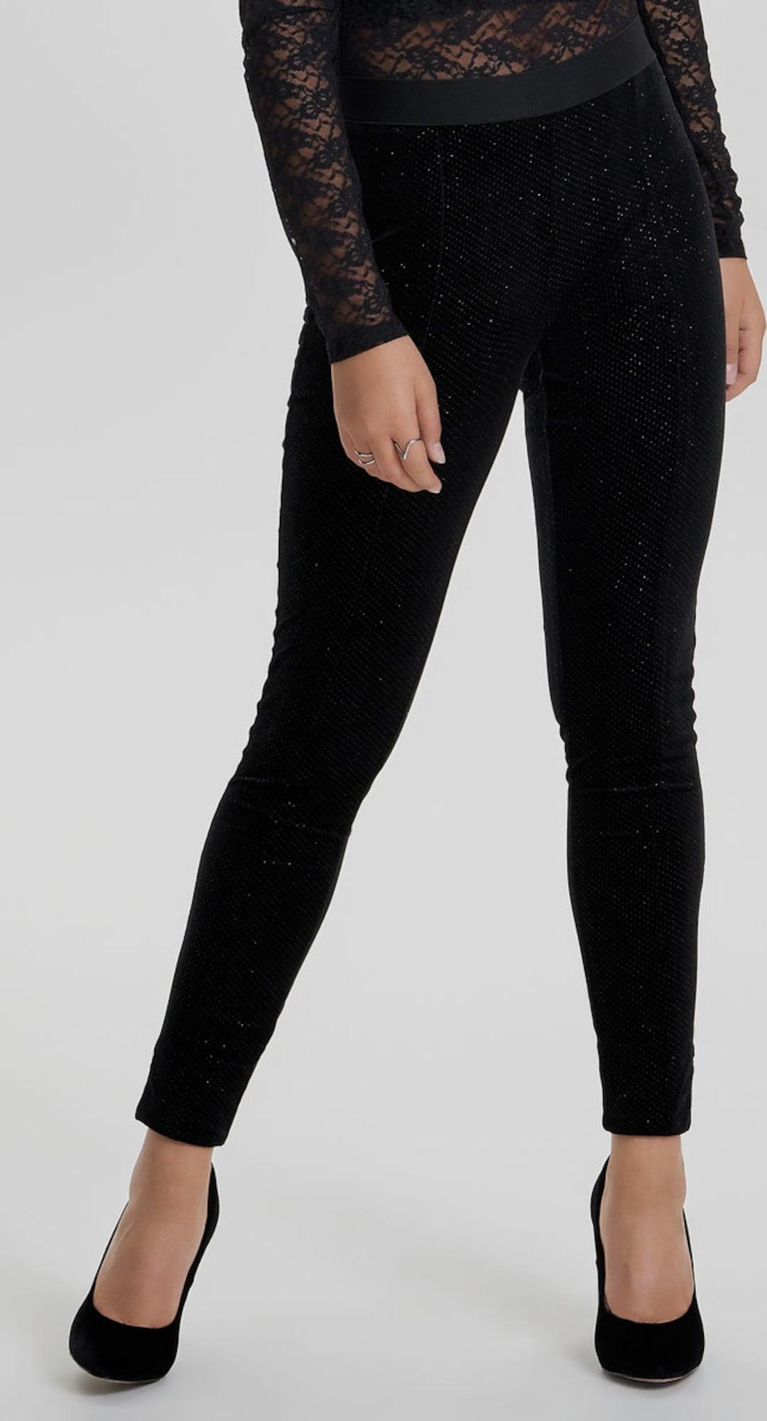 only samt leggings in schwarz about you. Black Bedroom Furniture Sets. Home Design Ideas