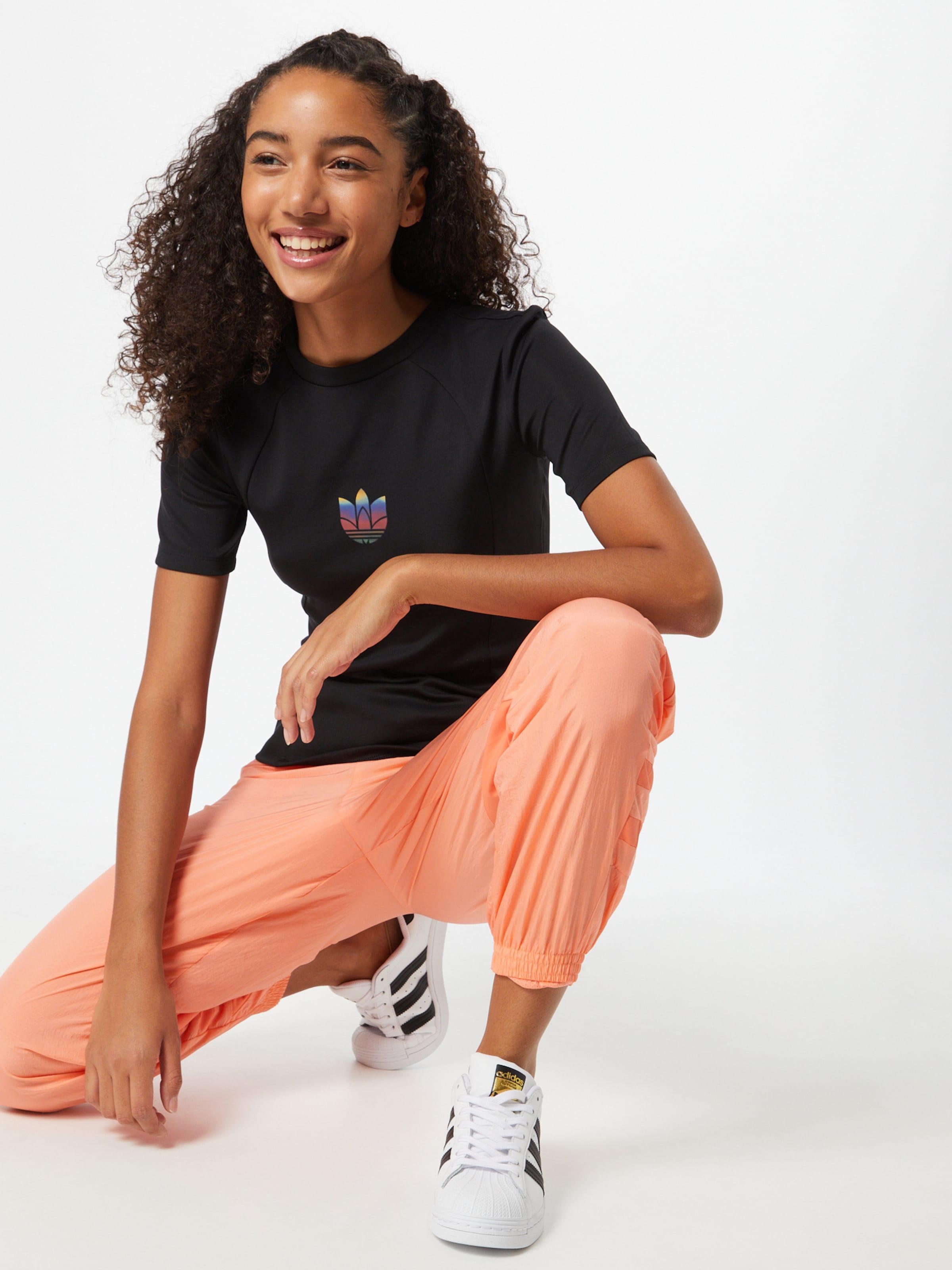 ADIDAS ORIGINALS Póló lila / világos-rózsaszín / fekete színben
