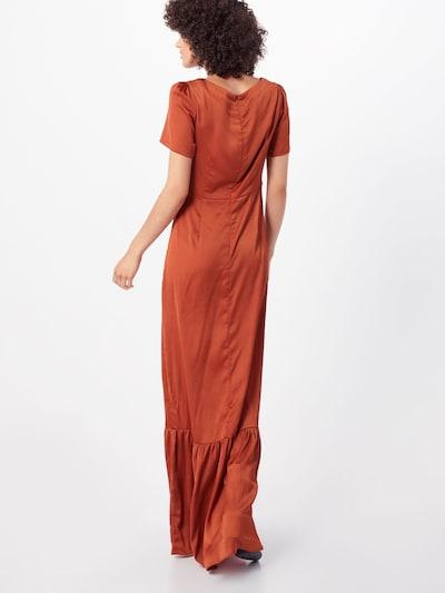 Suknelė iš GLAMOROUS , spalva - rūdžių raudona: Vaizdas iš galinės pusės