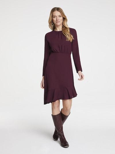 heine Kleid in bordeaux, Modelansicht