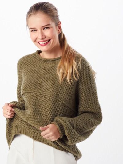 Moves Sweter 'fina 0589' w kolorze oliwkowym, Podgląd na modelu(-ce)