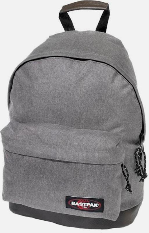 eastpak rucksack 39 wyoming 39 in grau about you. Black Bedroom Furniture Sets. Home Design Ideas