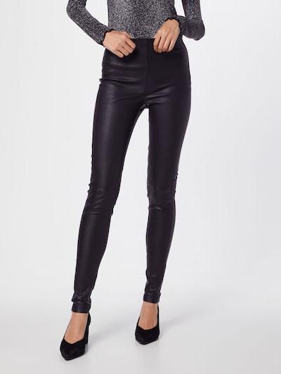 Pantaloni 'Sasi' BE EDGY pe negru, Vizualizare model