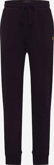 Pantaloni Lyle & Scott pe negru, Vizualizare produs