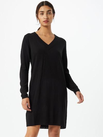 JACQUELINE de YONG Robes en maille 'Zoe' en noir, Vue avec modèle