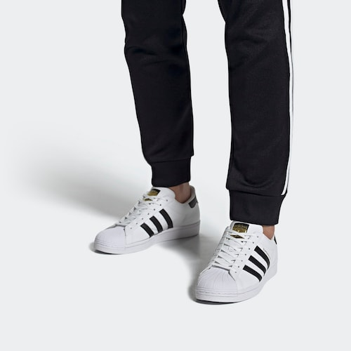 ADIDAS ORIGINALS Sneaker 'Superstar Vegan' in schwarz / weiß
