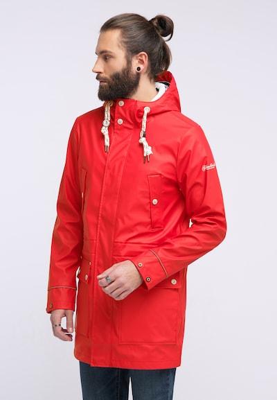 Schmuddelwedda Regenjacke in rot, Modelansicht