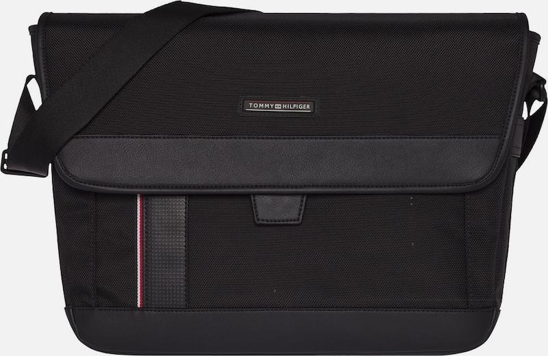 Hilfiger Handbag Interurban Messenger W / Flap
