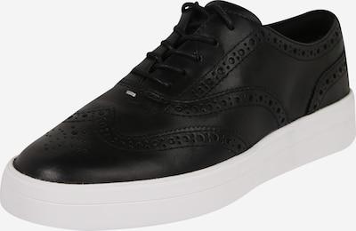 CLARKS Chaussure à lacets 'Hero Brogue.' en noir / blanc, Vue avec produit