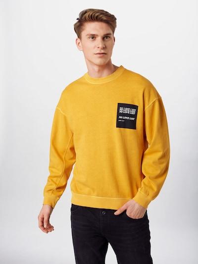 JACK & JONES Sweatshirt in gelb, Modelansicht