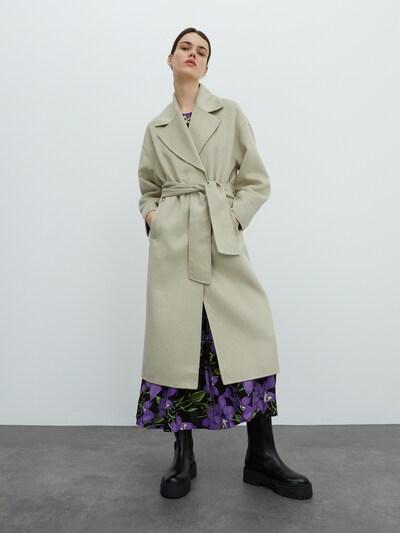 zöld EDITED Átmeneti kabátok 'Rosa', Modell nézet