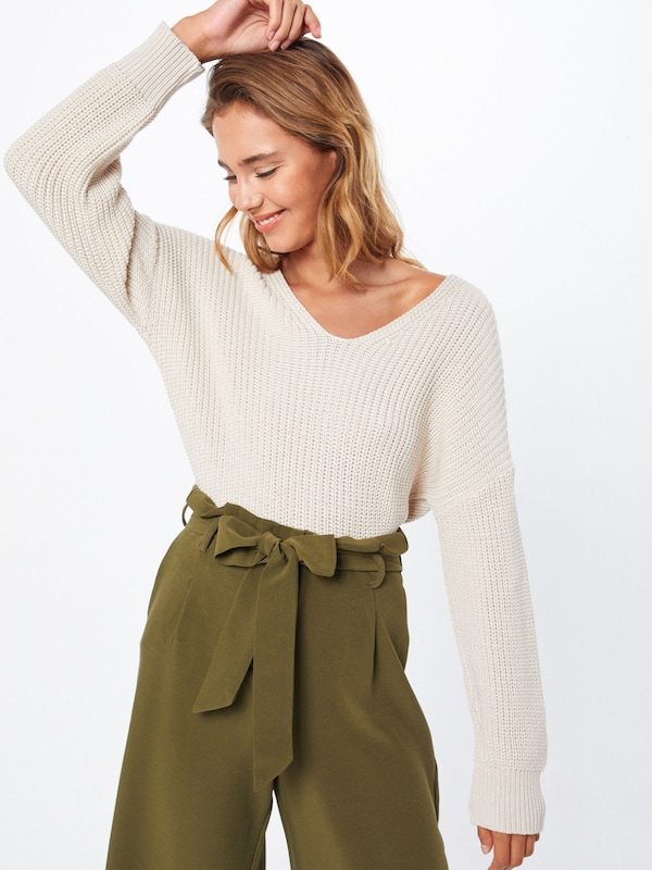 ABOUT YOU Pullover 'Liliana' in creme, Modelansicht