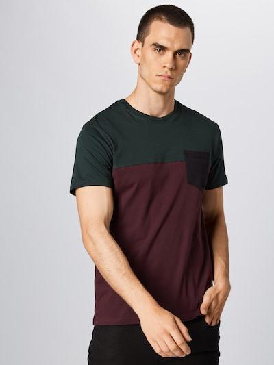 Iriedaily T-Shirt in grün / aubergine / dunkelrot: Frontalansicht