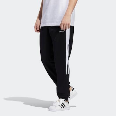 ADIDAS ORIGINALS Trainingshose in schwarz / weiß, Modelansicht